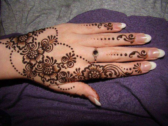 Henna Mehndi On Facebook : Eid simple henna mehndi designs for hands images