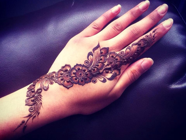 Mehndi Hands Pic Facebook : Beautiful simple arabic hands mehndi designs  for eid