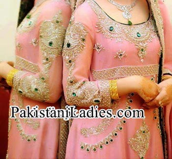 Beautiful-and-Fancy-Best-Walima-Dress-Design-For-Bridal-in-Pakistan-India-Bangladesh-2014-2015-Facebook