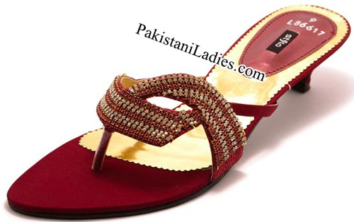 Stylo Shoes New Arrival Designs Winter Collection 2014-2015 prices Maroon-Fancy-Chappals--Rs-1,750