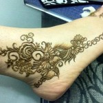dulhan-Latest-Best-Facebook-Beautiful-Bridal-Feet-Legs--Mehndi-Designs-2015-Indian-Wedding-Simple