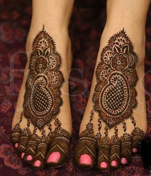 Mehndi Designs For Hands Amp Legs : Beautiful bridal mehndi designs for feet legs wallpapers
