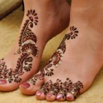 Beautiful Bridal Mehndi Designs for Feet & Legs 2015 Wallpapers