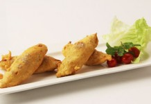 Baby Corn Paneer Ke Pakode Sanjeev Kapoor Khana Khazana Recipes