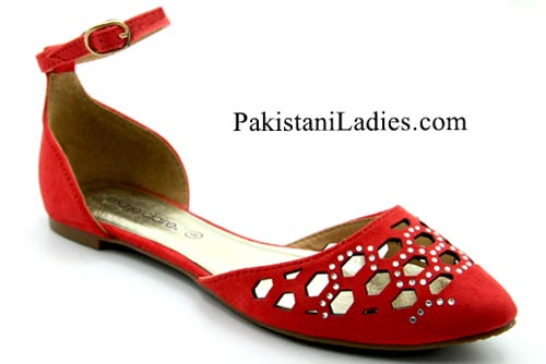 Bata-Shoes-Prices-Pakistan-New-Arrival-winter-flat-sandals-Collection-2015-Rs-2499