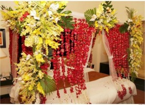 Beautiful Bridal Wedding Bedroom Decoration Designs Ideas with Flowers Pakistan India Karachi 2015