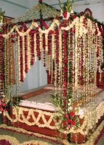 Beautiful Bridal Wedding Bedroom Decoration Masehri Designs With Flowers Idea Pics Pakistan India