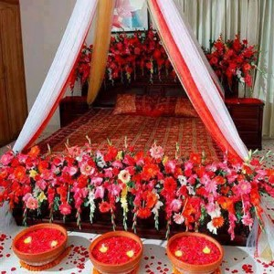 Beautiful Bridal Wedding Room Decoration Masehri Designs With Flowers Idea Pics Pakistan India Karachi Lahore