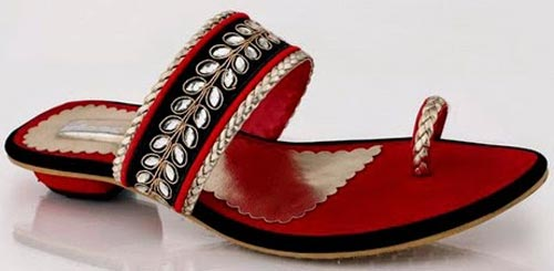 Gul-Ahmed-Ideas-2015-Women-Shoes-Chappal-Sandals-Slippers