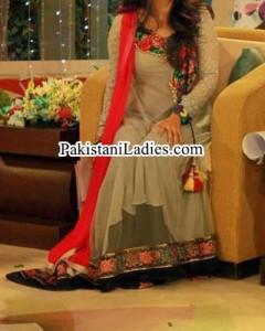 Stylish Frock Pakistani Actress Sanam Jung Dresses Pics Jago Pakistan Hum TV Show 2015