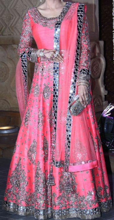 Designs Of Dresses By Manish Malhotra