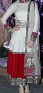latest frock suits designs manish malhotra 2015 Karisma-Kapoor-Color-Blocked-Ivory-Kurta