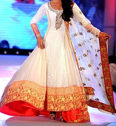 priyanka_choprta Kalidar Frock Suits Manish Malhotra 2015 Designs Peach and Sky Blue Color Blocked Kurta