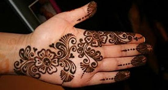 Beautiful-Simple-Punjabi-Dulhan-Bridal-Mehndi-Designs-for-Front-Hands