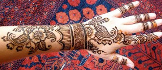 Beautiful-Stylish-Punjabi-Dulhan-Bridal-Mehndi-Designs-for-Back-Full-Hands-2015-2016