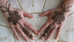 Latest-Simple-Mehndi-Designs-2015 2016-For-Hands