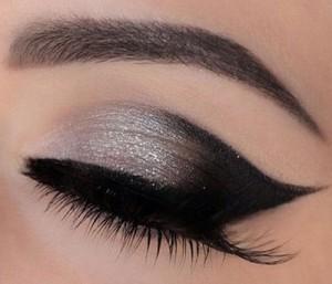 step-by-step-Smokey-eye-bridal-make-up-tutorial--2016