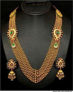 Gold-Maharani-Set Extravagant Rani Haar 2016