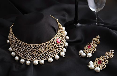 Jewelry-Sets-Designs-for-Bridal-2016-Diamond-Choker-Set-India