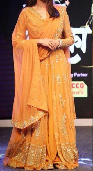 New Stylish Manish Malhotra Dresses Designs 2016 Long Salwar Kameez Suit Winter Collection