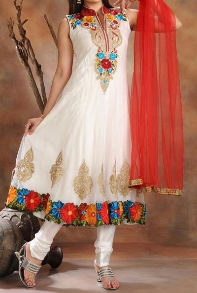 Anarkali Frocks Suit 2016 2017 Designs Fashion in India Pakistan White