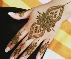 Beautiful-Best-Simple-Arabic-Mehndi-Designs-for-Hands-2016-2017-Indian