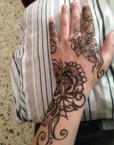 Unique Mehndi Designs 2016 : New stylish arabic hands mehndi designs for beginners