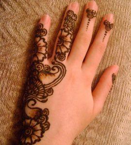 New-Latest-Simple-Arabic-Eid-Mehndi-Designs-2016-2017-for-Hands-Indian-Pakistani-1