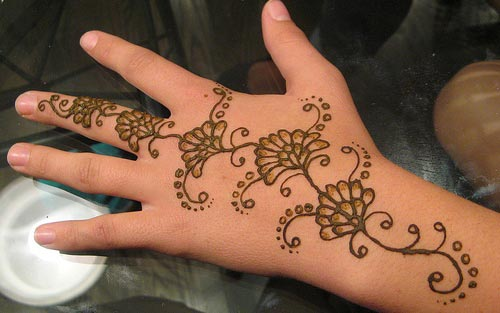 Simple easy Mehndi Designs For Beginners Hands 2016 2017 98