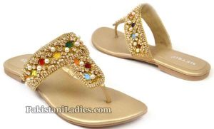 Formal-Flats-PKR-2595-Metro-Shoes-Summer-and-Eid-Collection-2016-2017-with-Prices