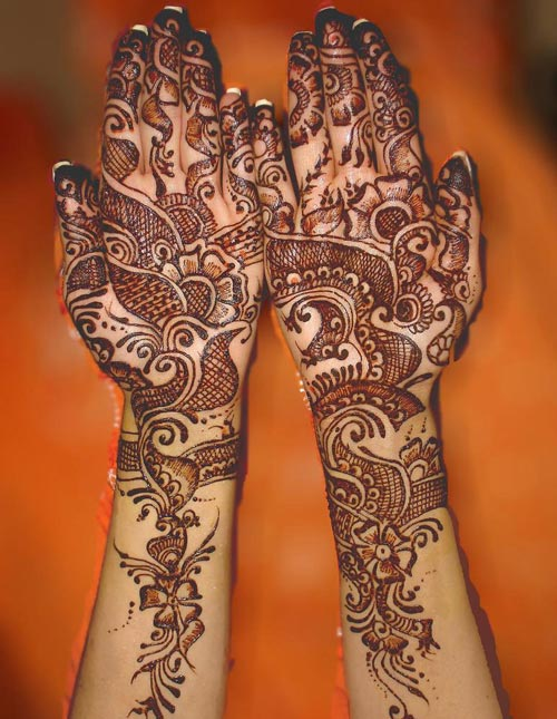Latest-Pakistani-Indian-Dulhan-Mehndi-Design-for-Hands-Feet-Legs-2016-2017-8