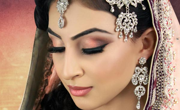 Bridal/Dulhan Makeup Tips, Perfect Ideas For Wedding Day 2017