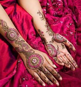 bridal-glitter-indian-mehndi-design