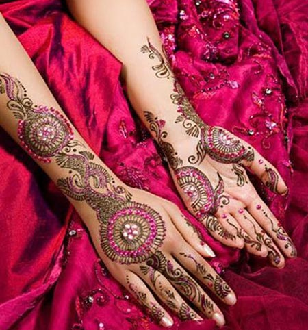 bridal-glitter-indian-mehndi-design