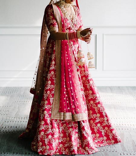 sabyasachi-mukherjee-dresses-collection-2017-for-bridal-lehenga-wedding-facebook-instagram