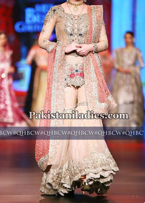 latest-fashion-sharara-gharara-designs-2017-for-bridal-wedding-mehndi-4
