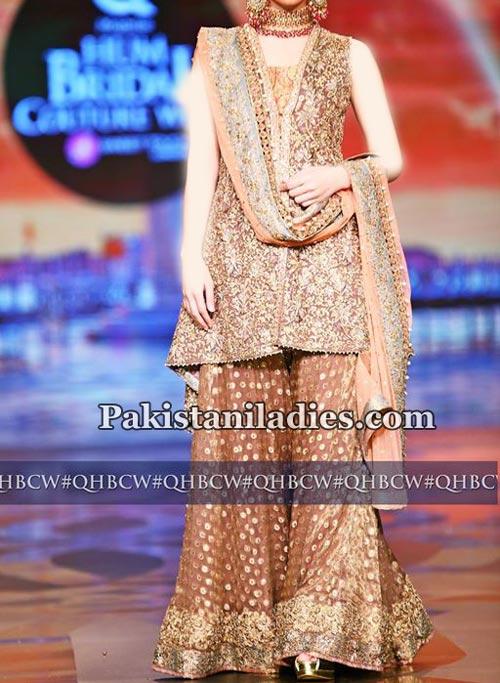 latest-fashion-sharara-gharara-designs-2017-for-bridal-wedding-mehndi-5