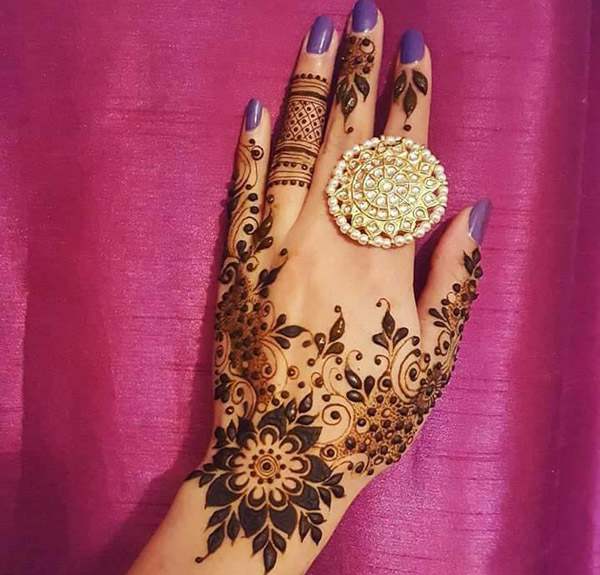 Latest New Henna Mehndi Designs 2018 2019 Catalog Book Pic