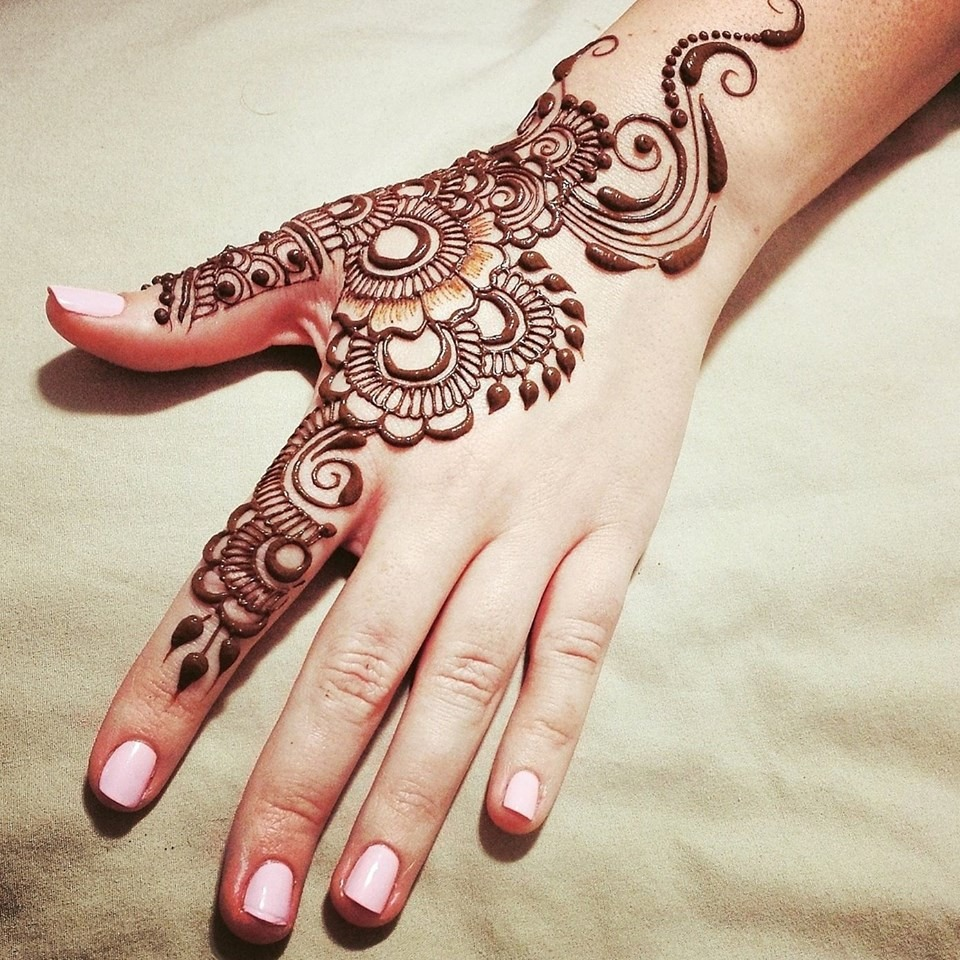 beautiful quick mehndi designs